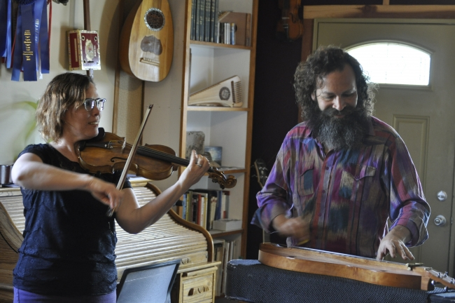 Fairpark musicians write songs that reflect the times