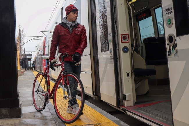 Op Ed – No car? No problem: Alternative commuting on the west side
