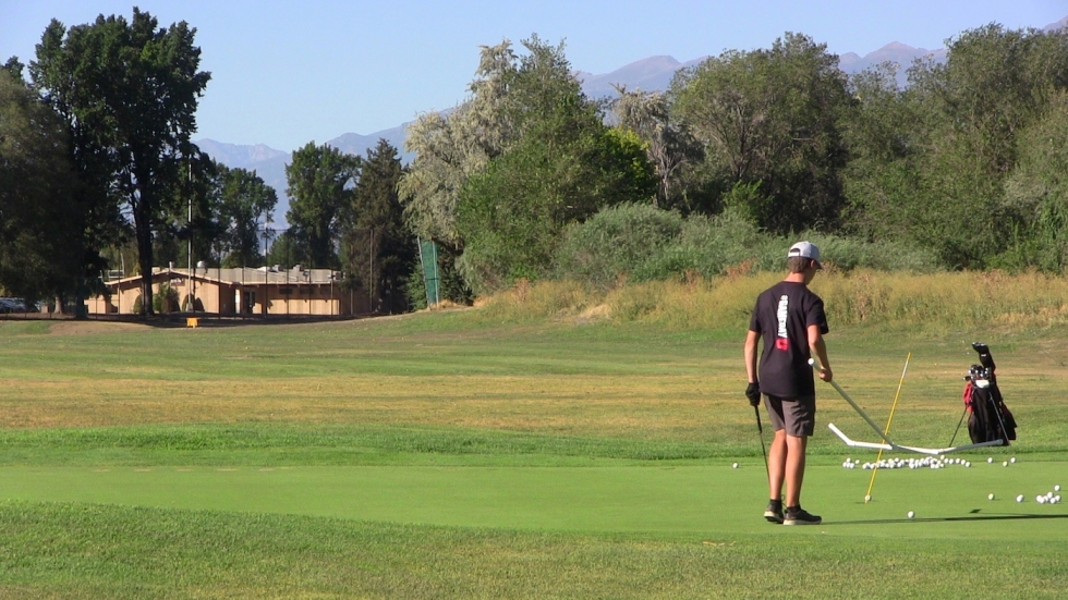 Besides the regulation 18 holes, Rose Park Golf Course also provides, a driving range, chipping area, and putting green.